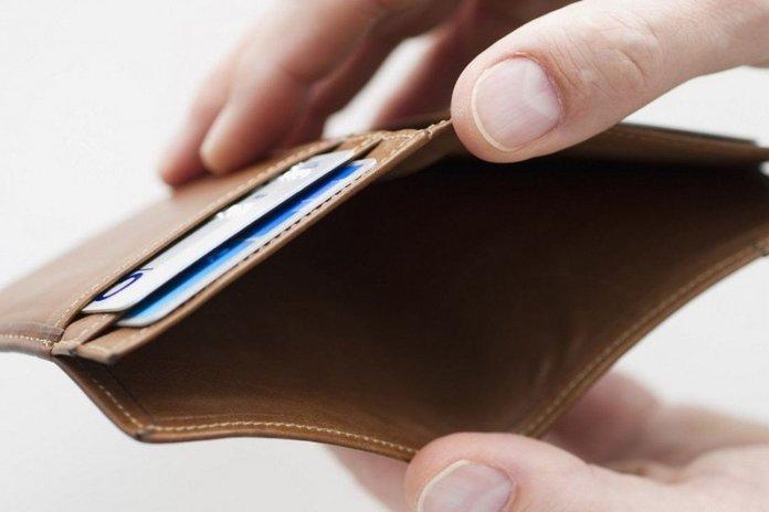 Что делать, если нет денег платить кредиты, куда обращаться?